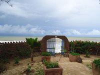beach 10 m terrace villa direct beach access pdj facing the Atlantic