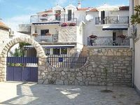 Holiday apartment Jezera for 4 - 5 persons with 2 bedrooms - Holiday house