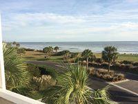 Upper Level Villa Overlooking Ocean And Beach 2 Bedroom 2 Bath Large Deck