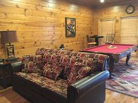 Luxury Cabin in the Beautiful Smoky Mountains inside Gatlinburg Falls Resort