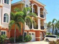 3 000 Sq Ft Waterfront Beach Townhouse Best of the Beach Bay New Owners