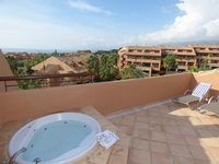 Duplex penthouse in a very well maintained safe and quiet resort