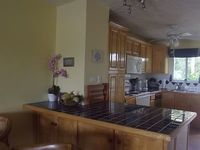 A Beautiful 3 Bedroon 2 Bathroom Renoavted Villa Close To The Beach With Stunn
