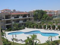 2 BEDROOM 2 BATHROOM PENTHOUSE IN PEACEFUL LOCATION 5 MINUTE DRIVE FROM BEACH