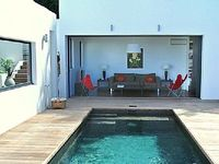 Villa 1 Bedrooms 1 ensuite Baths Sleeps 2