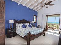 Pelican Nest - Cocoa Villa - Leeward Estates - On Grace Bay Beach