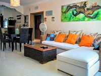 600+ Sq ft Outdoor Terrace 2 Master Bedrooms 3 Bathrooms Sleeps 6