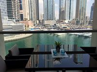 Luxury apartment in the Dubai Marina with fabulous views and a perfect location