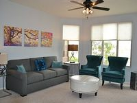 2 Bedroom 2 Bath With Unobstructed Lake Views Walk To Mill And Downtown Tempe