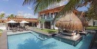 Azul Villa Esmeralda - 6bd beachfront villa with pool and near Puerto Morelos