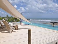 Casa SunSandSurf Oceanfront Ocean View Spectacular Infinity view pool +36 ft