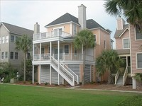 Family Home - 3 Bedrooms + Convertible bed s - 3 5 Baths - Sleeps 8-10