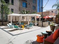Spacious two bed two bath upscale apartment in the sizzling Gaslamp Quarter