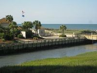 3-BR 3-BA Oceanfront Condo side Sleeps 6 Wi-Fi Pools Tennis Beach Bar