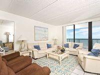 3 bedroom condo with a view of the beach - 903