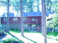 5 Bedroom Log Cabin In The Heart Of The Black Hills Located In Boulder Canyon
