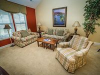 Spacious 4 bedroom 3 bathroom townhome ideal for up to eight guests