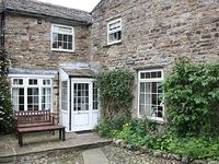 Cottage in Reeth Swaledale Yorkshire Dales Yorkshire England - Nestled down a cobbled lane a short stroll to pubs cafes shops