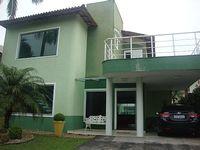 House in a Hanga Roa Resort in Bertioga Gated community