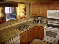 Desert Paradise Resort 2 bedrooms 2 bathrooms sleeps 6 maximum
