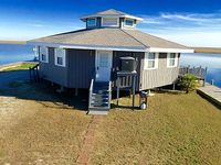 Quaint 1BR Slidell Cottage w Private Boat Dock