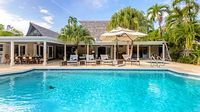 Immaculate Island Estate + Private Pool Jacuzzi 4 Bedrooms + Yoga Studio