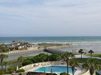 3-BR 3-BA Oceanfront Condo Side Unit Wi-Fi Pools Tennis Beach Bar