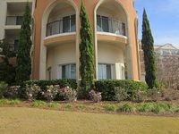 2-BR 2-BA Condo Sleeps 6 Wrap-Around Balcony Water Views Pools Tennis