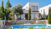 Luxury villa in Paphos Cyprus with pool and large rooftop terrace