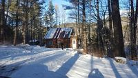 Cozy Adirondack Cabin across from the Hudson River and minutes to Gore Mountain
