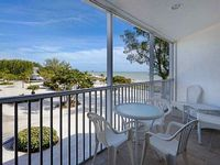 Condo 1 Bedroom 1 0 Bath Sleeps 4