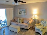 1 Bedroom 1 25 Baths Sleeps 6