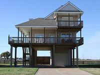 Seabreeze - 4 Bedrooms 2 Baths Sleeps 8 - Beachside in Spanish Grant