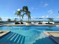 One-Bedroom Suite With Breath-Taking Panoramic Ocean Views