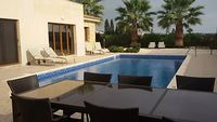 Villa Elena Coral Bay Cyprus - 4 Bed Villa - 5 Mins Walk From Beach