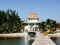 Casa Bella Vista is a 6BR 4BA luxury beach home with rooftop deck and pier