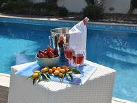 3 Bedroom Luxury Villa with Private Swimming Pool 150m flat walk to beach