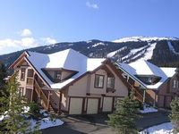 Centrally Located Townhouse Ski in Ski with Gorgeous View