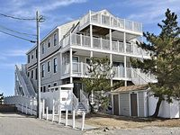 1 bedroom ocean view condo steps from beach and boardwalk