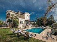 Ayia Napa Holiday Villa SC6 - sleeps 7
