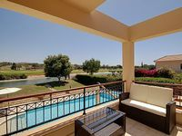 Modern luxury villa in sought after location