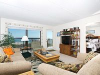Elite 4th floor condo with a stunning view of the beach