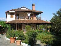 Spacious country house with pool near Loutraki Pella