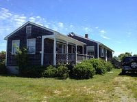 Block Island Rhode Island Peaceful Home near Clay Head Preserve trail to beach