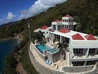 Luxurious Vacation Estate with Amazing Pool Hot Tub Deck and Awesome Views