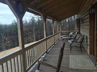 20 Acres - 30 Mile View Off 40 foot Deck - Sleeps 6-8 - Fast WIFI - Pet Friendly