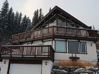 Auski Chalet Suite Vacation Home