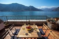 Bayside villa on the first line of the Kotor Bay waterfront with private pool