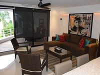 Cancun fully renovated Apartment at the Hotel Zone