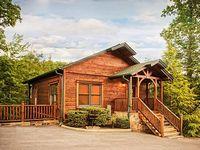 Luxury 2 Story 1 Bedroom Cabin In Gatlinburg Falls Resort